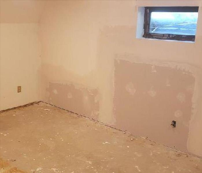 A newly finished wall after drywall mudding
